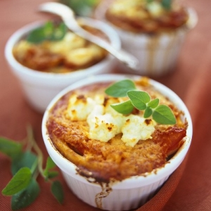 Macaroni and Sun Dried Tomato Gratin with Sharp Cheddar