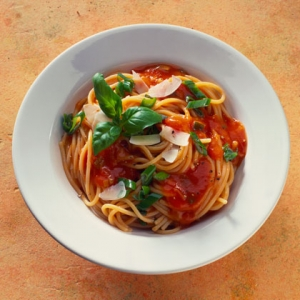 Spaghetti with Sun Dried Tomato Marinara