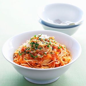 Spaghetti with Sun Dried Tomatoes Amatriciana