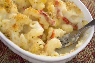 Macaroni and Cheese Au Gratin with Basil Flavored Sun Dried Tomatoes