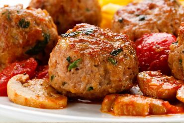 Turkey Polpette (Meatballs) with Mushroom-Bell Pepper-Sun Dried Tomato Sauce