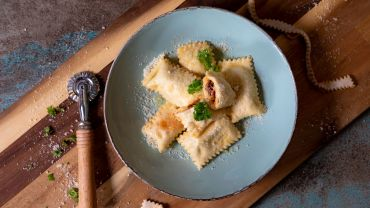 Sun Dried Tomato Pesto Ravioli