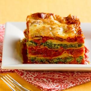 Spinach, Ricotta, and Tomato Artichoke Lasagna