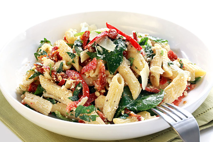 Summer Fresh Sun-Dried Tomato Penne Pasta